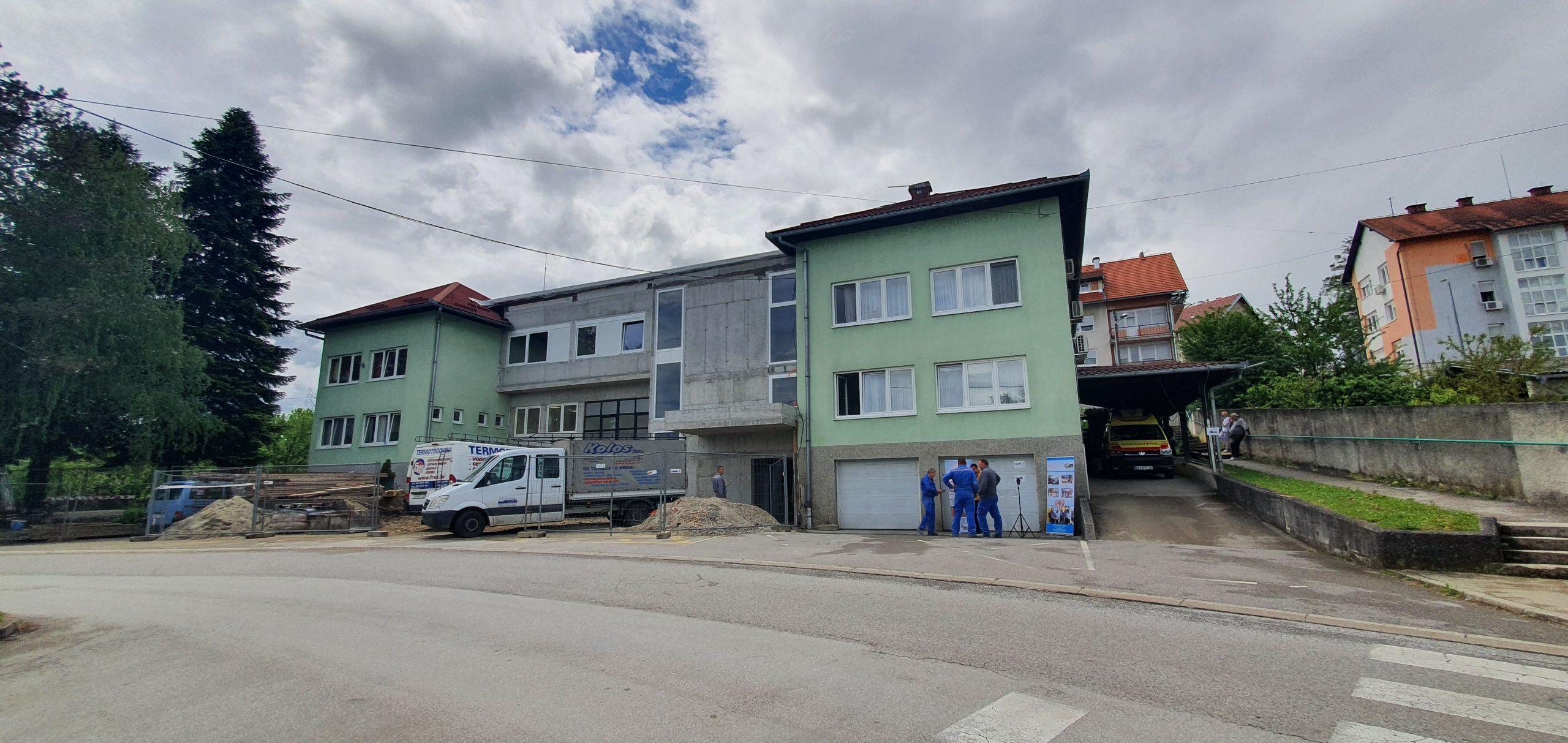 Druga faza radova na rekonstrukciji Doma zdravlja Ozalj pred završetkom